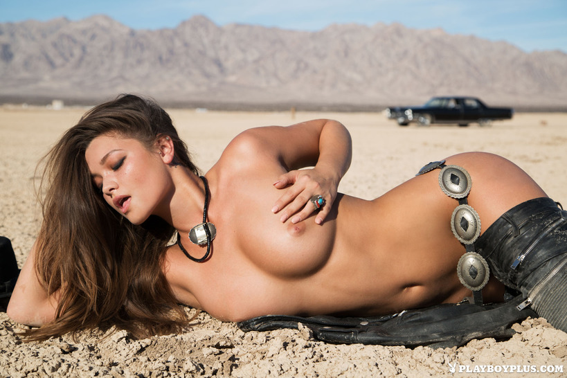 Nude babe picture